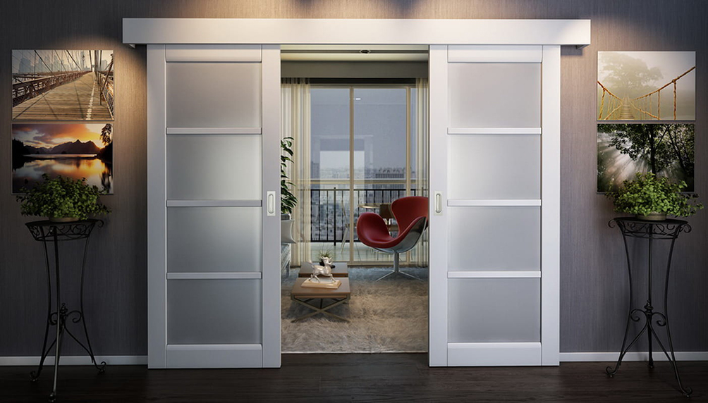 Раздвижные деревянные двери